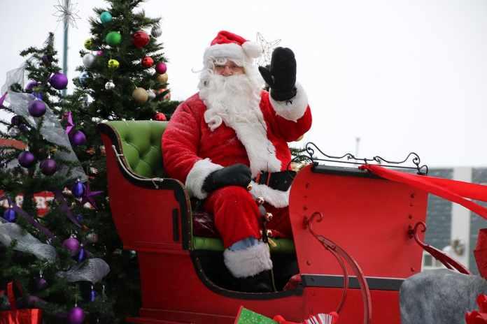 A Guide to Santa Going Virtual